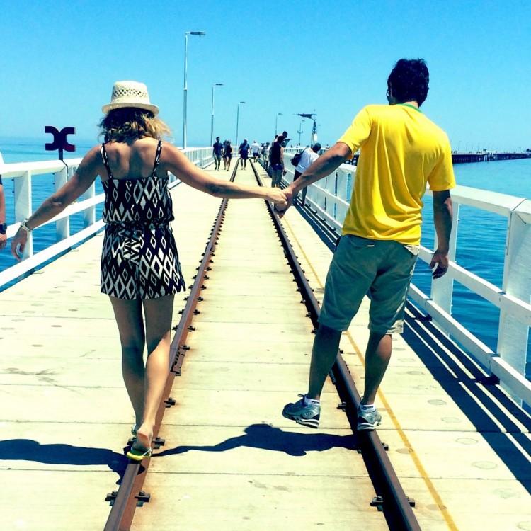 Daiana e Bruno na Austrália, onde vivem atualmente (Arquivo pessoal)