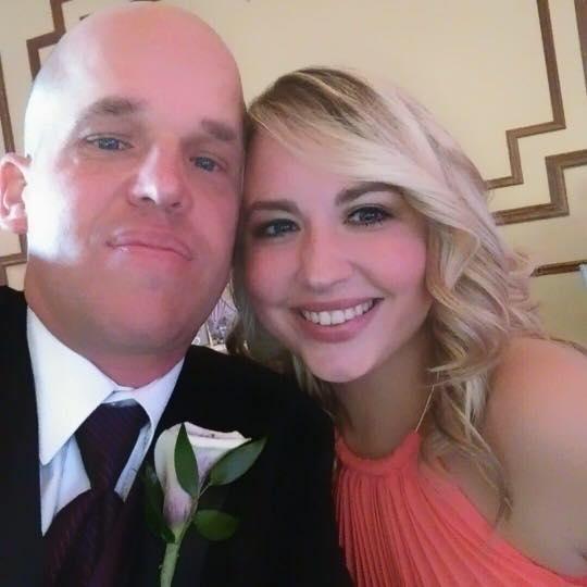 Após doação de parte do fígado, Chris e Heather começaram a namorar (Reprodução/Facebook)