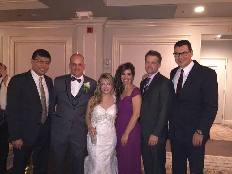 Christopher e Heather na noite do casamento, nos EUA (Reprodução/Facebook)