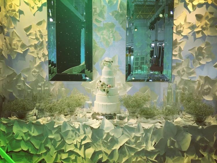 Mesa de decoração exposta na Expo Noivas e Festas 2016