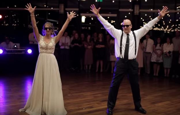 Mikayla Ellison e o pai, Nathan, deixaram os convidados em êxtase durante dança. (Reprodução)