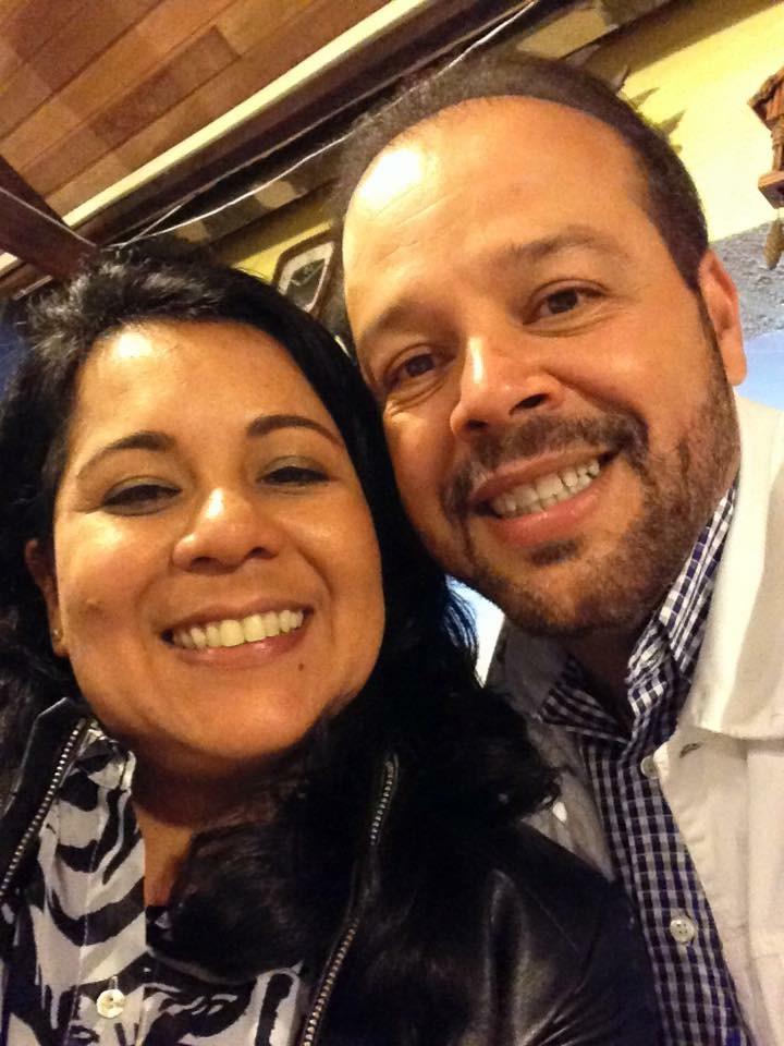 Edson e Márcia estão casados há mais de 20 anos e gostam de namorar (Arquivo pessoal)