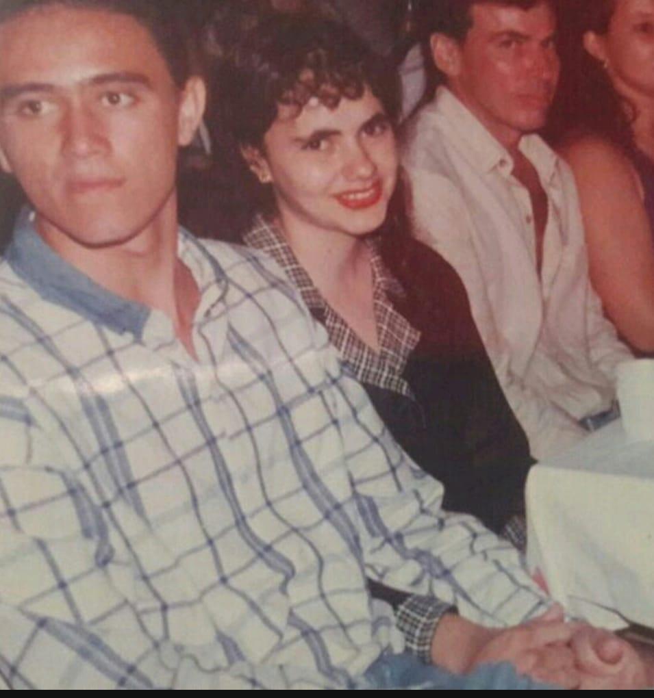 Kermme Rebouças e Renata Fernandes quando namoraram durante a adolescência