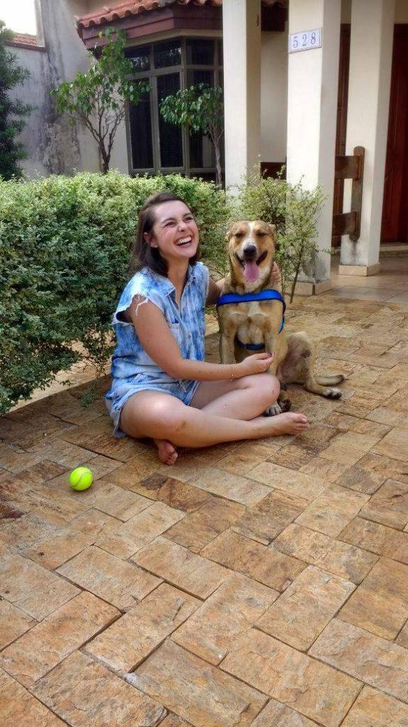 Para quem não se lembra, esse da foto é Snoop, cão adotado por Marília